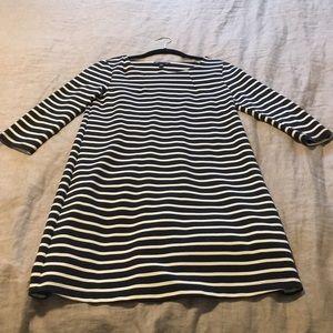 Classic GAP navy & white striped 3/4 sleeve dress